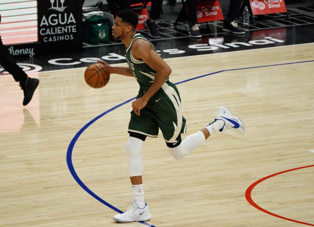 Shaquille O'Neal pide a los Milwaukee Bucks que den un paso al frente en ausencia de Giannis Antetokounmpo