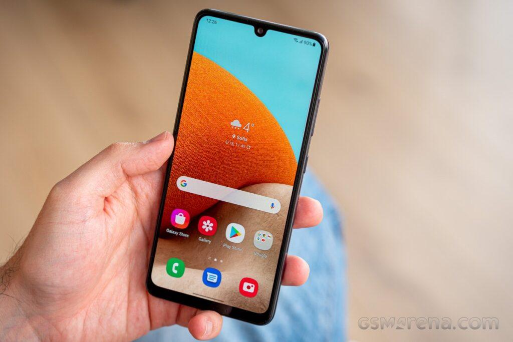 Si intercambias un teléfono antiguo, T-Mobile te regala un Samsung Galaxy A32 5G